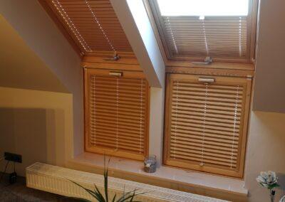 Plisy drewniane na okna.